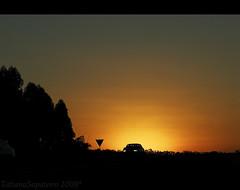 (.Tatiana.) Tags: road sunset pordosol car estrada carro naestrada ways silhueta dedentrodocarro 10faves commarcusemami indoparapenápolis