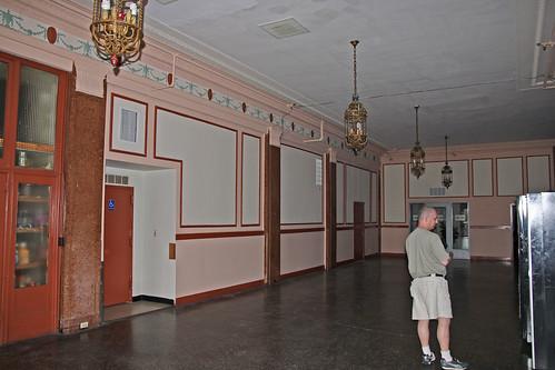 Hotel Riviera, Newark