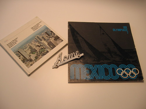 This week in Thrift - Montreal Olympics travel guide, ACME plate and Mexico Olympics souvenir booklet