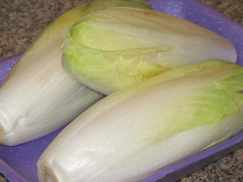 Endívia - para quem não ligou o nome à hortaliça