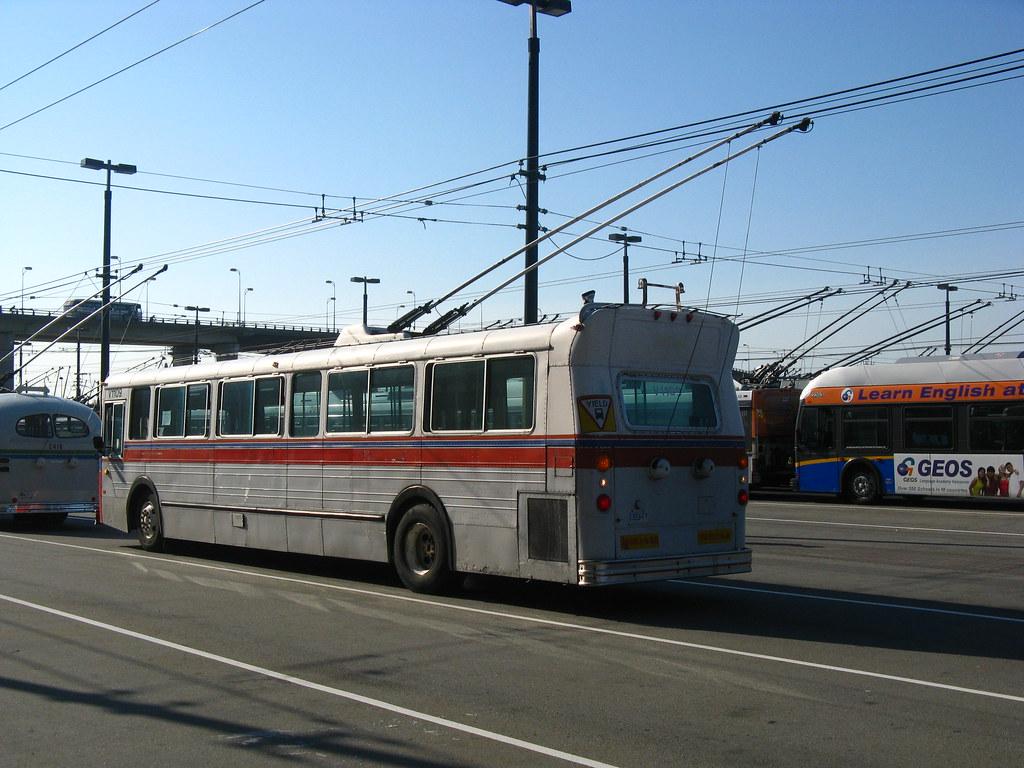 1109 (rear-left)