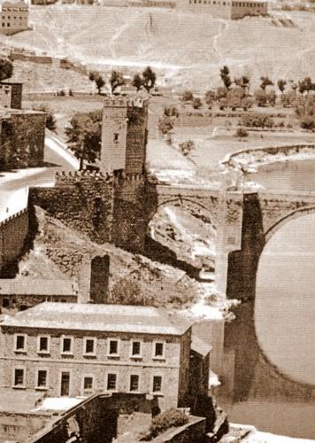 Turbinas de Vargas y Puente de Alcántara