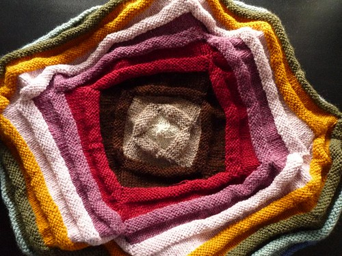 centerpiece treasure blanket
