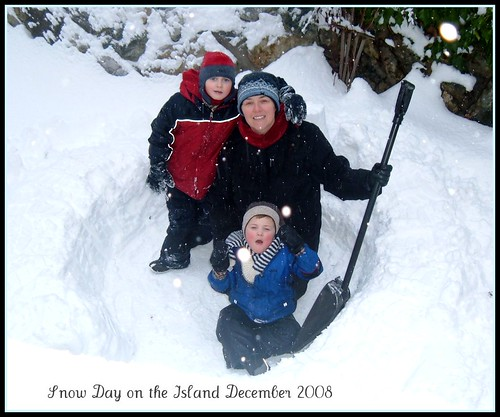 Snow Day on the Island - Dec. 2008