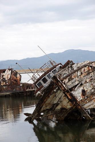大根島の廃船 (Ver.2009)