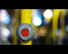 Stop (It's Stefan) Tags: blue red bus yellow germany grey bokeh  gray transportation button nrw minimalism dsseldorf autobus duesseldorf pnv nextstop boton bouton knopf pulsador pentaxk20 ffentlicherpersonennahverkehr pentaxfa35 haltestlle stefanhoechst stefanhchst