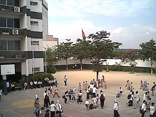 I.L.E - mars 2002