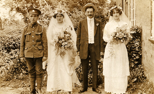 Wedding group in 1915