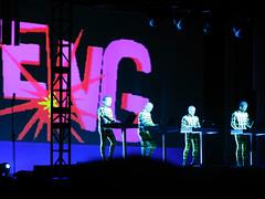 Boing (laconics) Tags: show pink brazil green brasil concert saopaulo led sp radiohead boing tron krafwerk justafest chacaradojockey