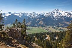 Blick vom Einstein (1866m) ins Tannheimer Tal (jwendland) Tags: mountain mountains alps nature berg landscape outdoor natur berge alpen landschaft gebirge naturephotography naturfotografie tannheimertal drausen