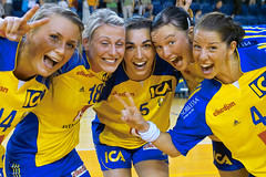 Czech-Sweden 25-29!! (morten almqvist) Tags: sweden sigma victory handball 2470mm swedishgirls jindrichuvhradec sd14