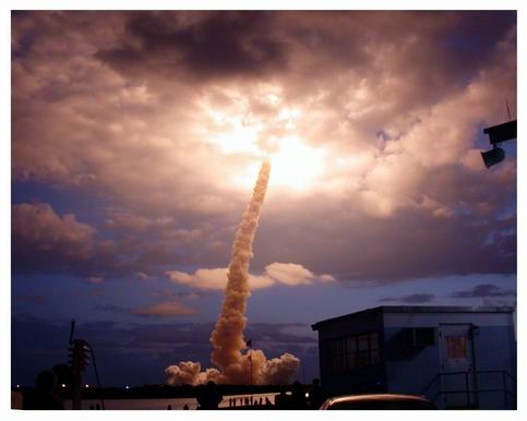 STS-133 serait le dernier vol de la navette - Page 2 2656679100_b285a5d0eb_o