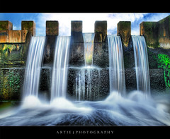 The Magical Fall - HDR (:: Artie | Photography :: Offline for 3 Months) Tags: longexposure sky fall water photoshop canon flow cs2 stones dam tripod kitlens australia symmetry adelaide algae 1855mm southaustralia efs hdr weir mosses artie 3xp photomatix tonemapping tonemap 400d rebelxti