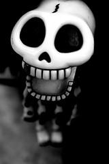 Trick or treat? (Junkie_frog) Tags: blackandwhite bw smile bn sorriso treat trick aplusphoto goldstaraward neroamet