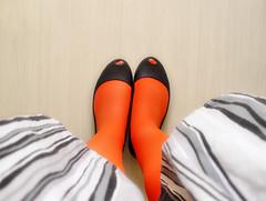 (Tarde no Parque • Pri •) Tags: orange stripes laranja skirt melissa saia vivienne listras meiacalça ultragirl
