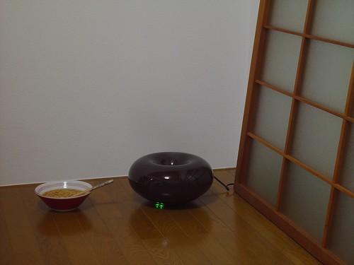 ±0 (plusminuszero) Humidifier ver.3 vs Nissin  chikin-ramen