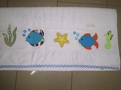 balık aplikeli havlu kenarı