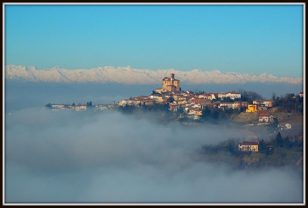 Cella Монте: Монферрато над облаками