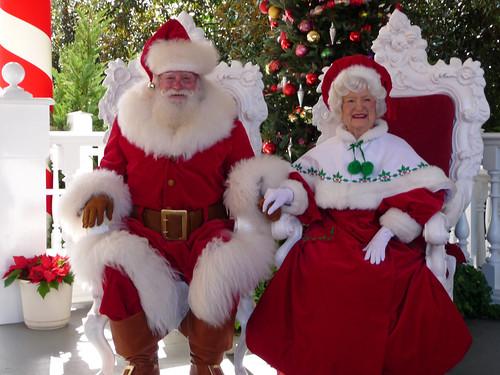 Santa Claus At Disney Character Central