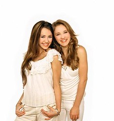 OUT20258238 (fotoslady09) Tags: girls 2 portrait people musician music performingarts actress teenager americans prominentpersons singers celebrities whites studioshot females performer popmusic countrymusic teenagegirl emilyosment mileycyrus mileycomamigos fsetc