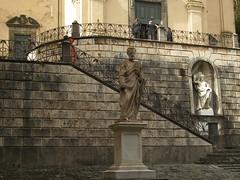 Watching (carina 10) Tags: italy statues tuscany toscane italie sanminiato bellitalia