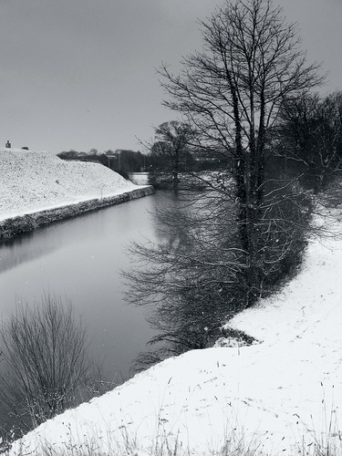 Fort Brockhurst Moat Walk, Snow.