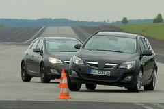 Opel Astra Sports Tourer - Slalom PPV vs. Mule