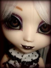Isobel Miyuki (Variya) Tags: lyrics doll ooak holly pullip bjrk custom obitsu junplanning princesstapi isobelmiyuki