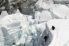 Descending a serac (radson1) Tags: nepal expedition climb glacier climbing mountaineering 2008 khumbu everest crevasse himalayas mounteverest icefall serac everestbasecamp radson altitudejunkies