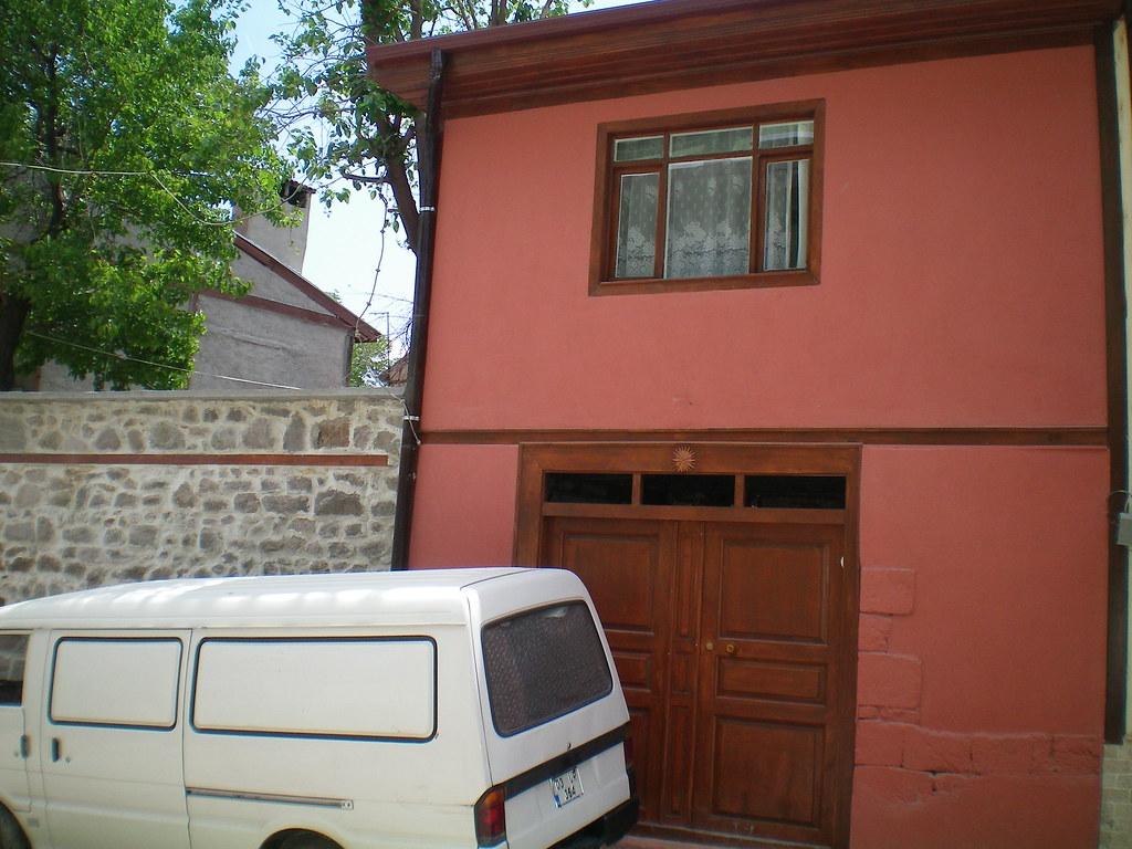 Tarihi Afyon Evi