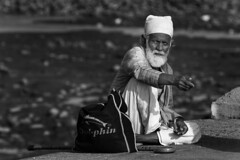 Mumbai: Alms Please