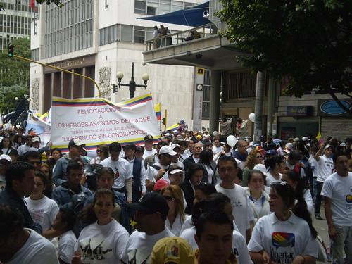 """Marcha 20 de julio - """"Felicitaciones a los héroes anónimos del Jaque"""""""