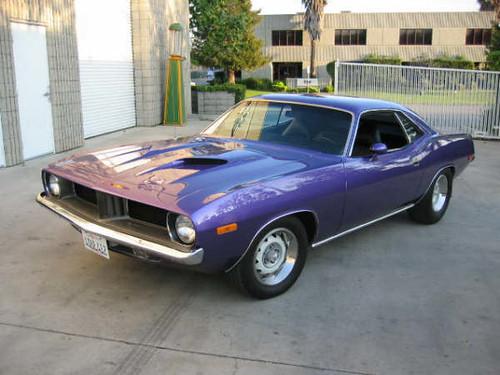 Dodge Challenger Antigo V8 >> Carros