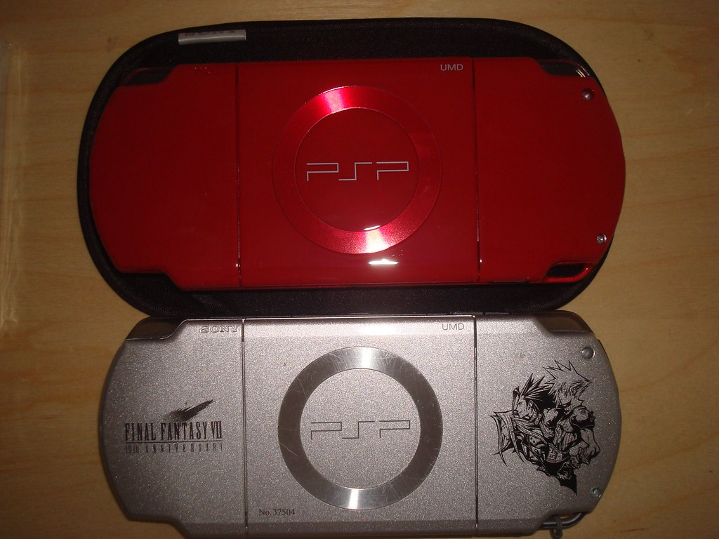 PSP deep red & PSP CC FF7 limited
