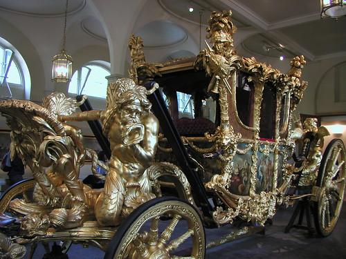 Buckingham Palace and Royal Mews 014