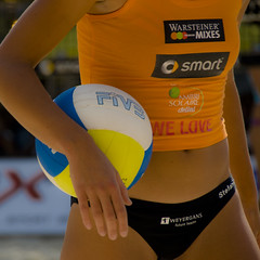Volleyball (manganite) Tags: girls summer people orange game hot sexy beach topf25 colors fashion sport digital ball germany square geotagged cool nikon women colorful europe bonn seasons pants tl body squares candid events young tan competition belly tournament german babes match hotties volleyball d200 nikkor gals bikinis tanned sportswear mnsterplatz northrhinewestphalia 18200mmf3556 utatafeature manganite nikonstunninggallery geo:lat=50733873 repost1 date:year=2008 date:month=august date:day=16 geo:lon=7099746 format:orientation=square format:ratio=11 repost2 repost3