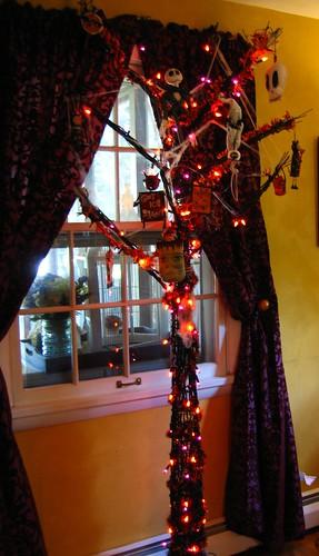 Halloween Tree 2008 005