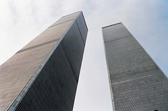 20360039 NEW YORK  1992 Twin Towers (molovate poco presente) Tags: new york usa ny newyork america manhattan worldtradecenter tommaso ground twintowers wtc 1992 inverno zero groundzero capodanno nuova statiuniti torrigemelle volate tafme molovate