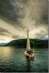 Sail Sail (T A Y S E R) Tags: lake austria see heart zell karun tayseer inspiredbylove platinumheartaward alhamad nikond300 goldstaraward tayseeralhamad goldenheartaward guasdivinas