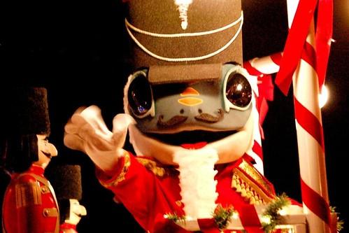 2008 Dec 4 parade #1a