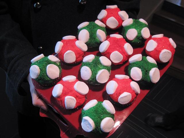 Mario 1up Mushroom Cupcakes