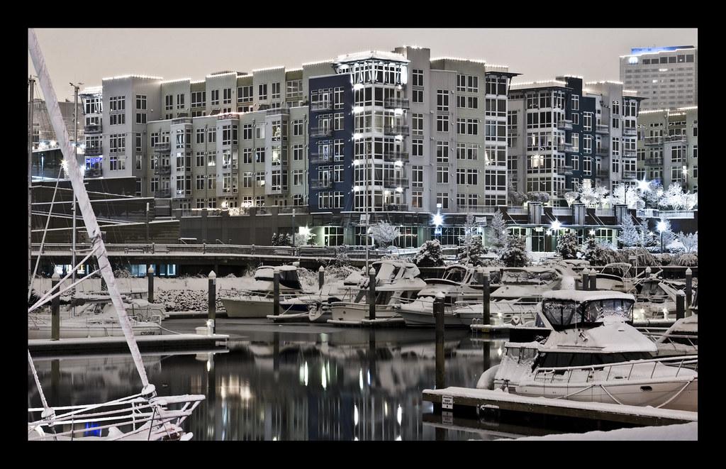 Thea's Landing - Thea Foss Waterway