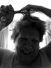 La abuela manos de tijeras. (Felipe Smides) Tags: chile art hair hands arte manos scissors explore abuela abuelita felipe pelo timburton peluquería tijeras abue artisticexpression desahogo abueli welita instantfave weli mywinners abigfave scissorshands aplusphoto pelike beatifulcapture artlegacy smides fotografiasmides funfanphotos felipesmides irmaguerrero laabueli irma´sscissorshands grandmotherbue manosdetijeras