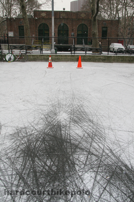 hardcourt bike polo snow tracks and nyc goal cones