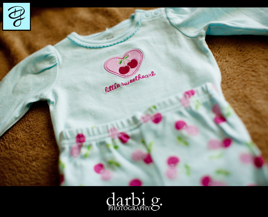 005Baby photographer-Darbi G-baby clothes