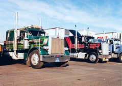 when semis looked like it, Peterbilt 359 (Polo Scher) Tags: usa scans transport 1988 semi international transportation trucks 1989 semitruck peterbilt 18wheeler kenworth lkw bigrig longnose aerodyne marmon scannedpictures sattelzug transtar4300