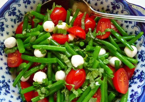Crunchy Green Bean & Sweet Tomato Salad