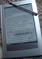 livre électronique par steven warburton sur flickr