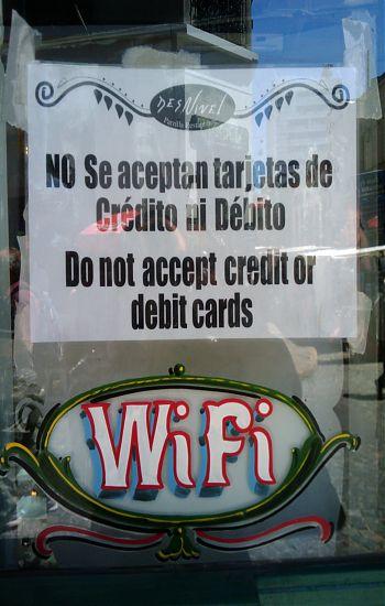 no se acepta tarjeta de credito pero si wifi