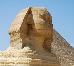 La Gran Esfinge de Giza / Great Sphinx of Giza (rsaezn) Tags: sphinx pyramid esfinge egypt egipto piramides giza piramide gizapyramids greatsphinxofgiza  piramidesdegiza thegreatsphinxofgiza